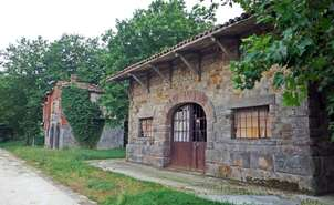 Former station of Villarreal Greenway of the Basque-Navarre Railway