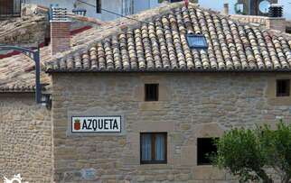 See accommodation in Azqueta