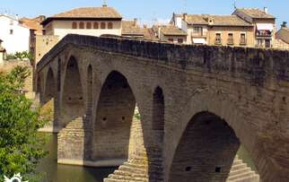 See things to do in Puente la Reina - Gares