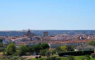 See things to do in Coria