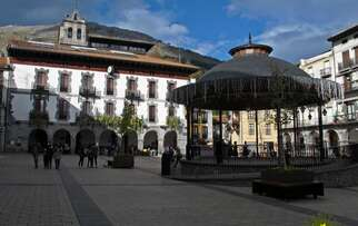 See restaurants in Azpeitia