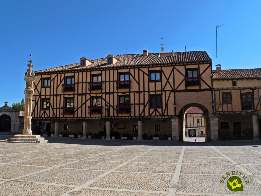 Plaza Mayor de Peñaranda de Duero