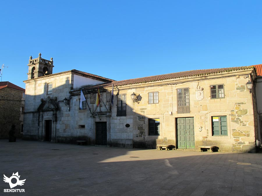 Town hall and chapel of San Antonio in Melide