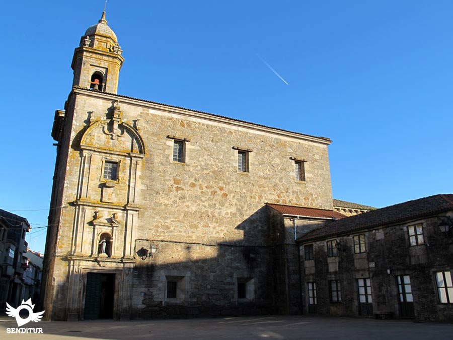 Square of the Convent and church of San Pedro in Melide