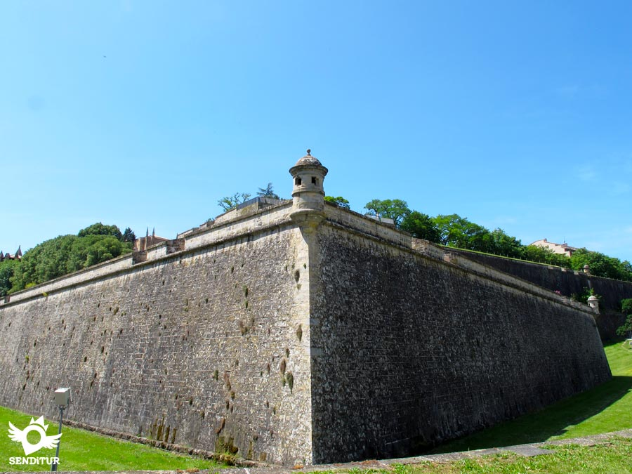 Walls of the city of Pamplona-Iruña