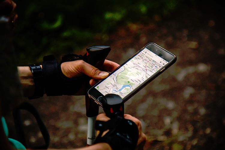 How to share your location when mountain or hiking