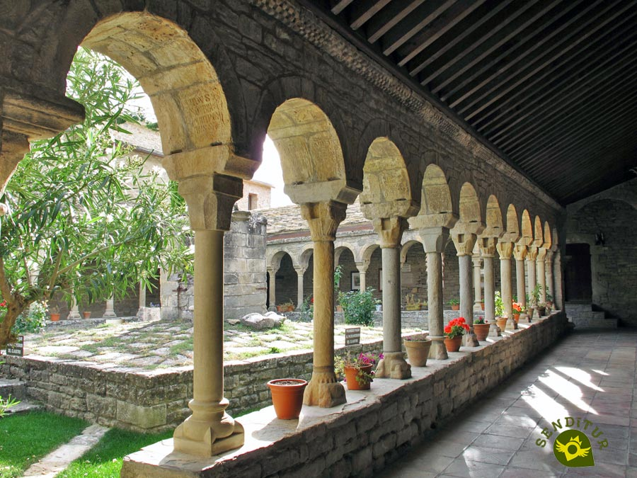 Cloister of the Cathedral of Roda de Isábena