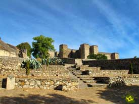 Go to Castle of Trujillo