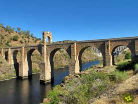 Go to Roman Bridge of Alcantara