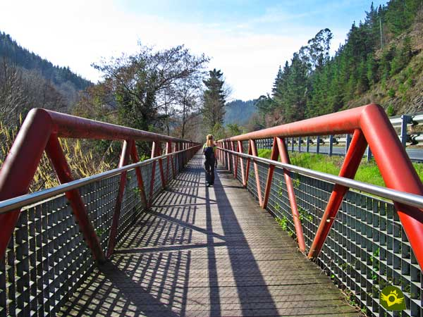Footbridges in the Linear Park of the Nervión