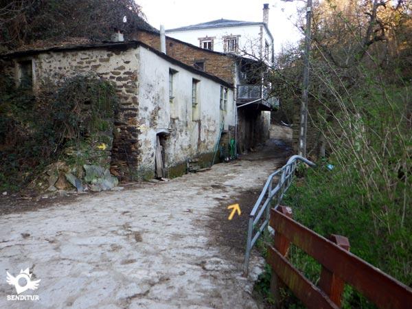 Triacastela sarria por san xil camino franc s camino for Ruta del mueble sarria